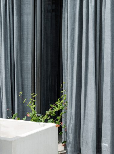 Outdoor curtain III
