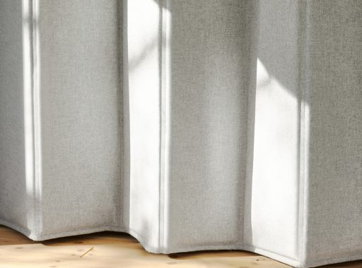 Thermal insulation curtain