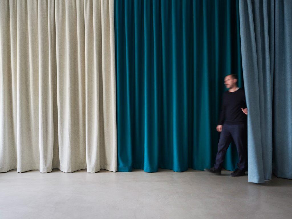 Vorhang, Raumteilung, Akustikvorhang